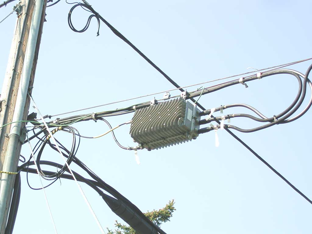 Cable Tv Power Aerialwiringpicturejpg Heres A View Of The Same Aerial Optical Node From Trunk Side